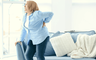 7 Possible Causes of Middle Back Pain